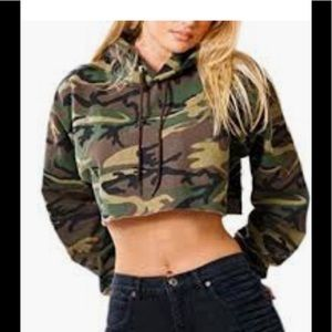 Tops - CAMO CROPPED SWEATER